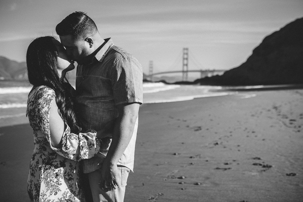 Baker-Beach-and-Emeryville-Engagement-Photography-0015.jpg