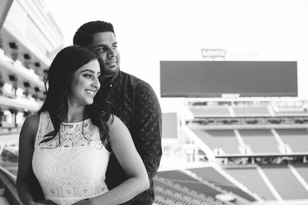 San-Francisco-49ers-Levis-Stadium-Engagement-Photography-014.jpg