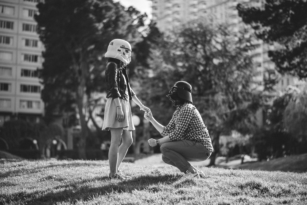 Embarcadero-San-Francisco-Star-Wars-Engagement-Photography-001.jpg