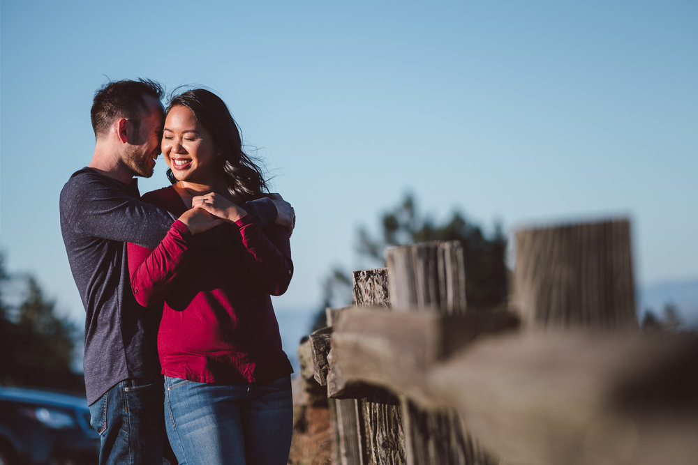 Windy-Hill-Open-Space-Preserve-Palo-Alto-Engagement-Photography-003.jpg