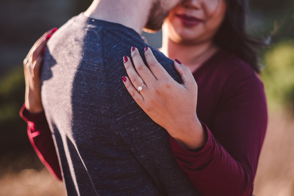 Windy-Hill-Open-Space-Preserve-Palo-Alto-Engagement-Photography-006.jpg