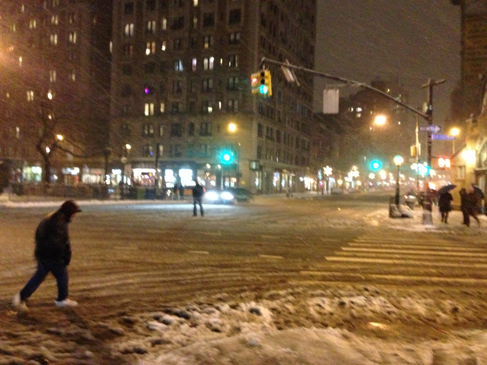 Nemo begins... to slam 72nd and Broadway