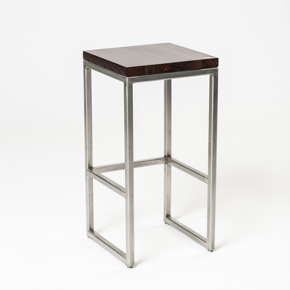 MATHER STOOL // BAR HEIGHT