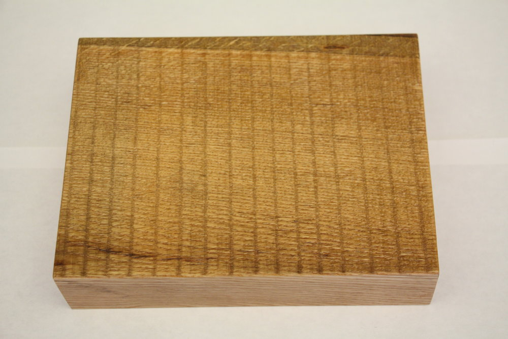 Red oak / live edge / semi-rough / natural / polyurethane