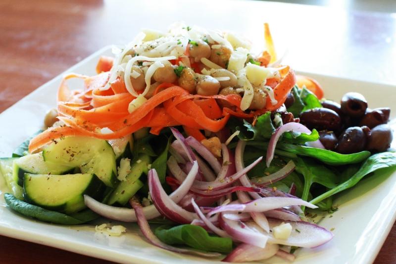 LUNCH Dionysios Salad
