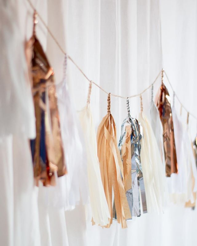 Working on a remodel has me assembling a neutral color palette... can't wait to pep it up a little with splashes of color in the decor! This was always my favorite Tassel Garland. My take on Neutral. 🤓 I loved the rose gold and silver together. #tasselgarland #modern #modernminimalist #modernrenaissance