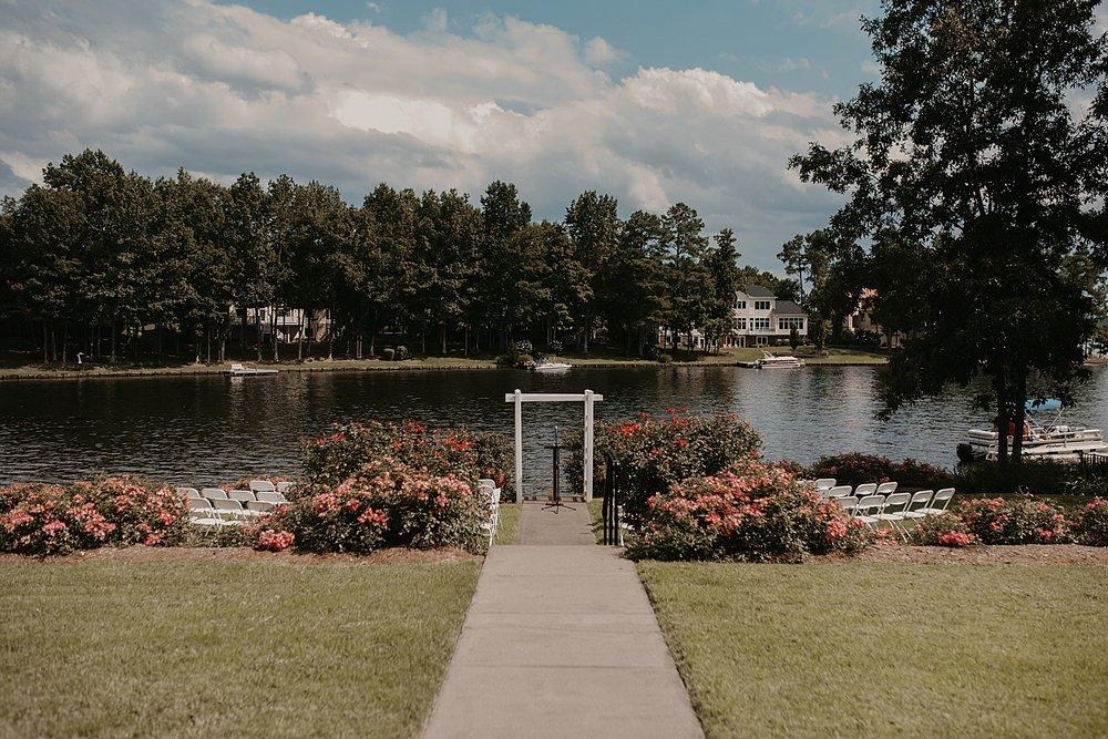 CodyJamesBarryPhotography_FawnLakeCountryClubWedding_FredericksburgVirginia-14.jpg