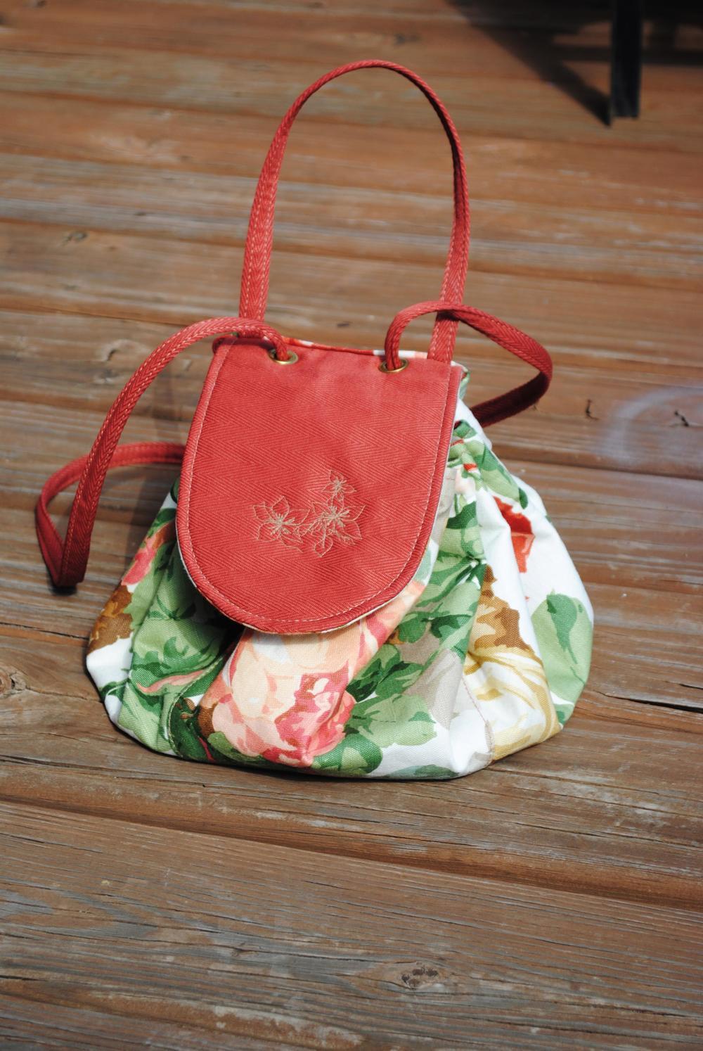 Pocket Full Of Roses Small Drawstring Back Pack