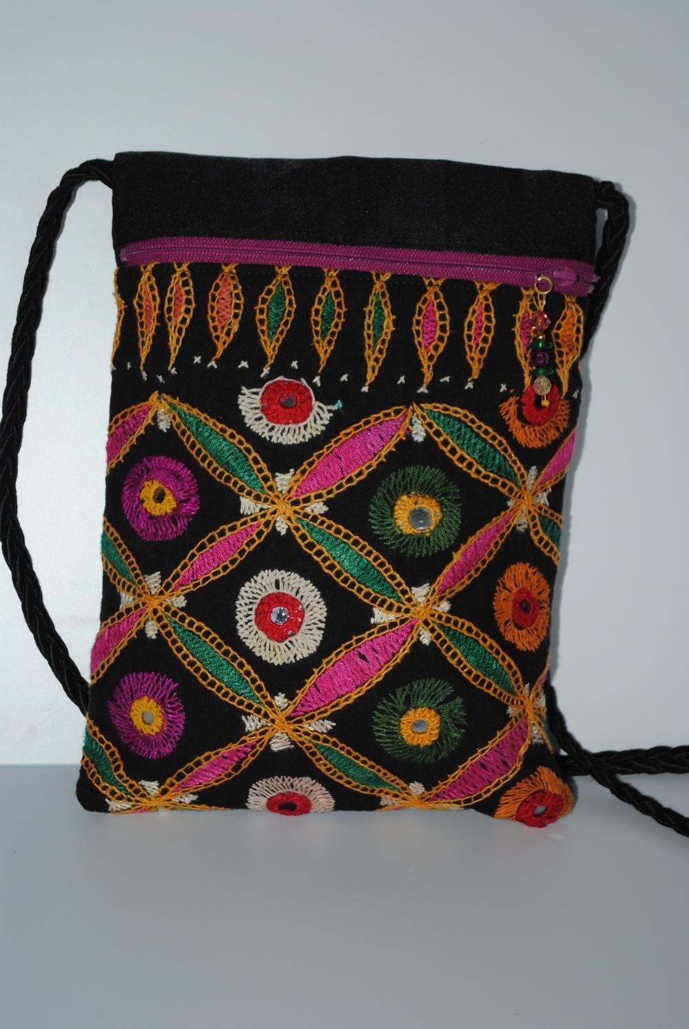 Lambadan Pocket Purse