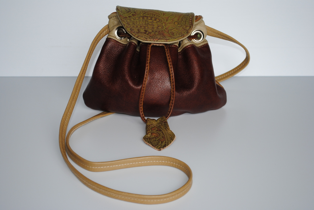 Sultana All Leather Drawstring