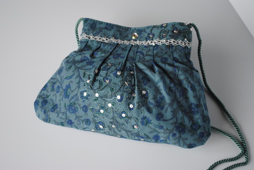 Blue Flowers Pleated Pocket Purse