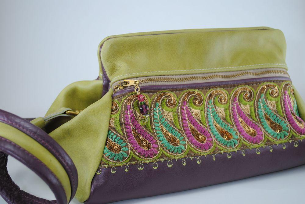 Mid size purses - 270.jpg
