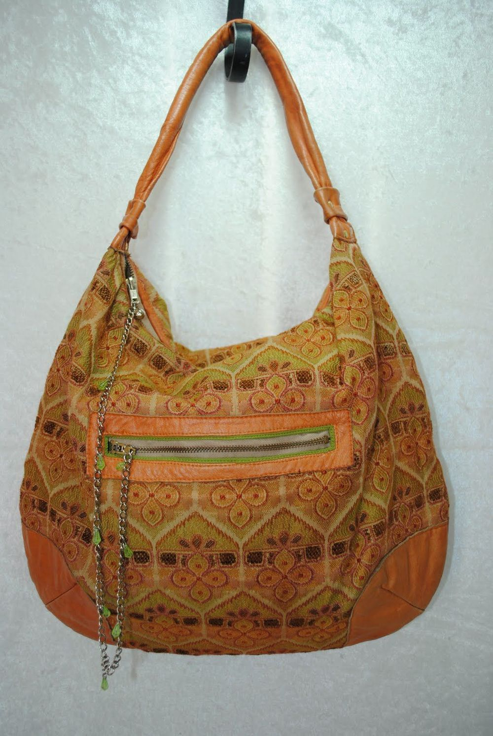 Mid size purses - 175.jpg
