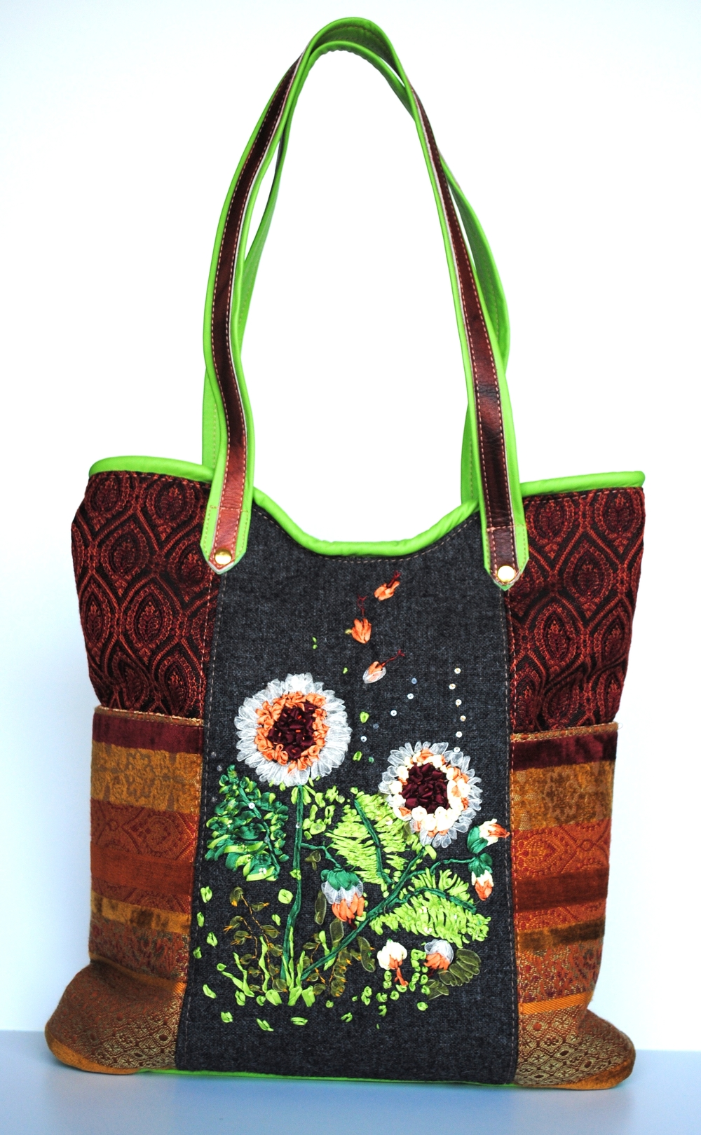 Babylon Garden Tote With Ribbon Embroidery and Leather