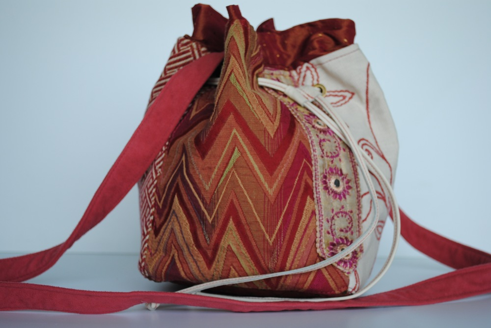 Fusion Pink Drawstring Cross Body Bag