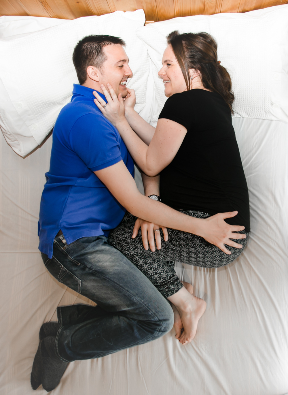 034 - Laura and Peter Fine Art Maternity Photography by Pamela and Mark Pugh - www.markpugh.com - Do NOT edit this image without consent -0105.JPG