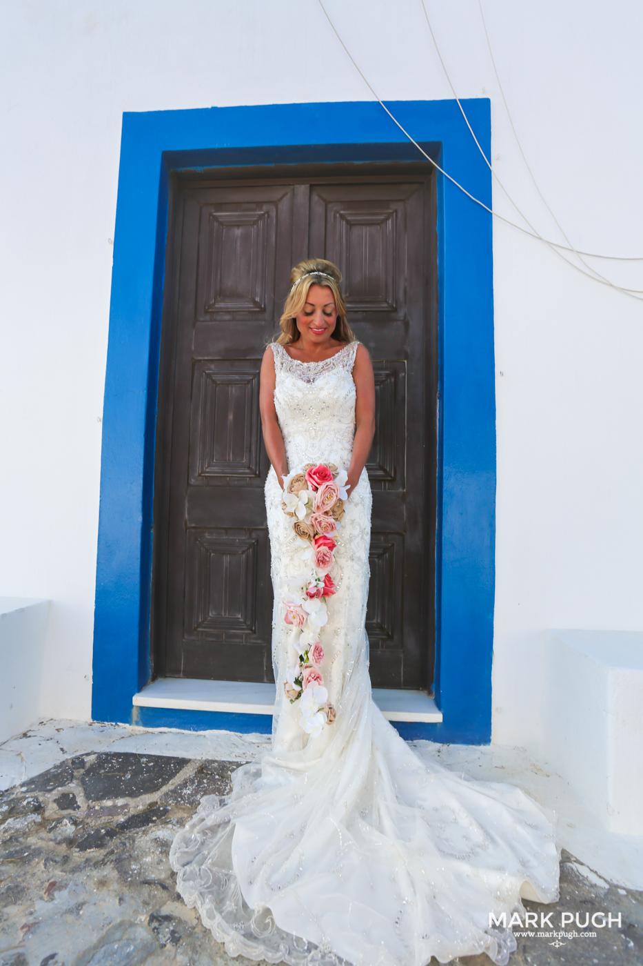 034 - Kerry and Lee - Destination Wedding in Santorini by www.markpugh.com -0815.JPG