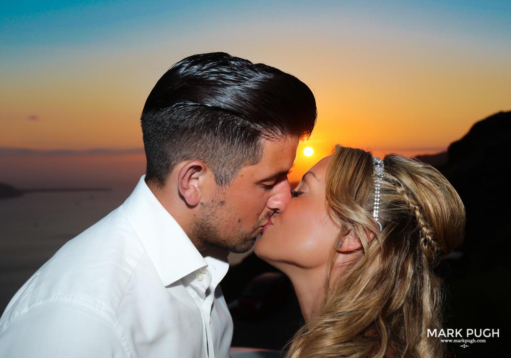 084 - Kerry and Lee - Destination Wedding in Santorini by www.markpugh.com -1006.JPG
