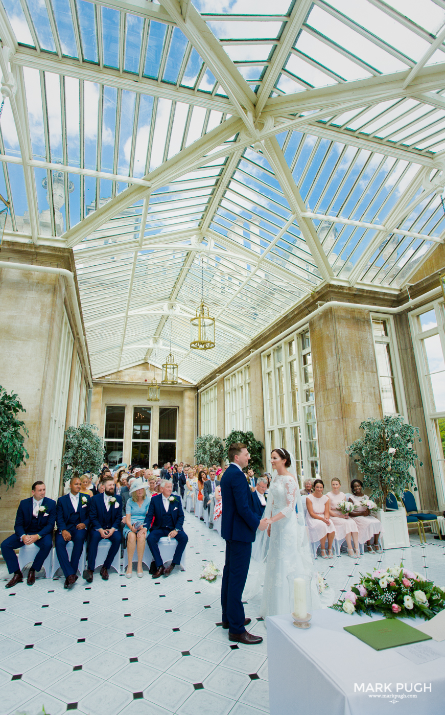 054 Laura and Matt - Stoke Rochford Hall Wedding by Mark Pugh www.markpugh.com - Do not edit or crop this image without consent 0332.jpg