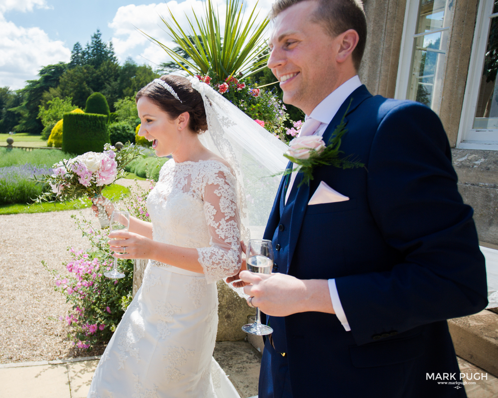 083 Laura and Matt - Stoke Rochford Hall Wedding by Mark Pugh www.markpugh.com - Do not edit or crop this image without consent 0438.jpg