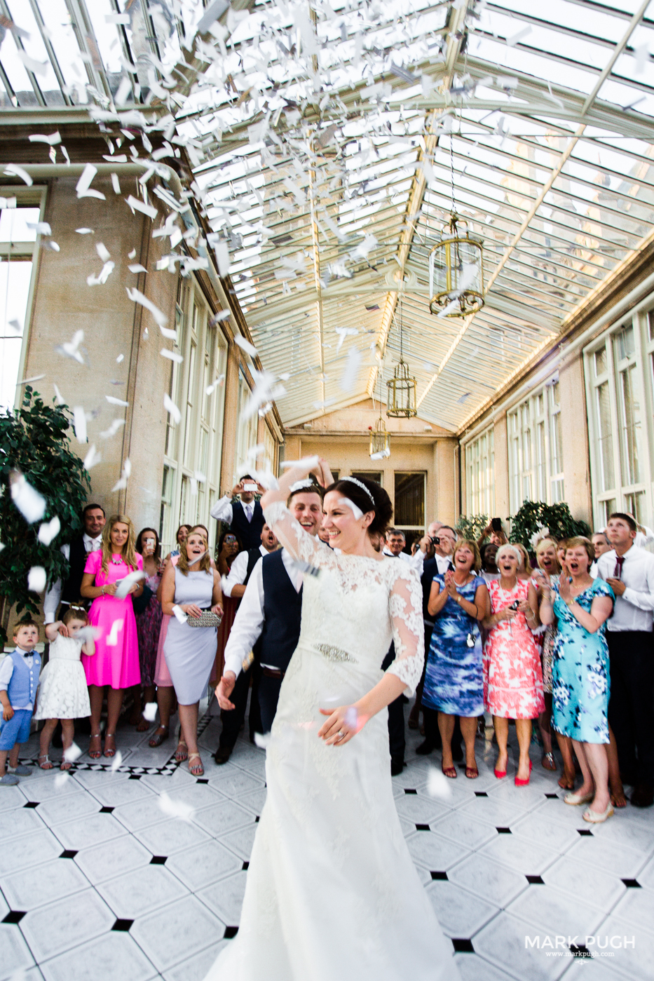 142 Laura and Matt - Stoke Rochford Hall Wedding by Mark Pugh www.markpugh.com - Do not edit or crop this image without consent 1075.jpg