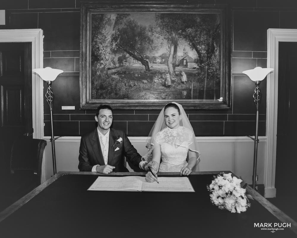 100- Laura and Peter - Wollaton Hall Wedding Nottingham UK by Mark Pugh www.markpugh.com.jpg