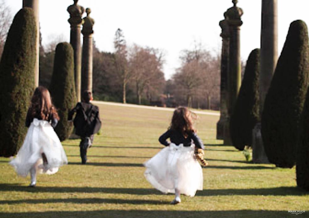 105  - Helen and Tim - Wedding Photography at Chatsworth House Bakewell Derbyshire DE45 1PP - Wedding Photographer Mark Pugh www.markpugh.com -178.JPG