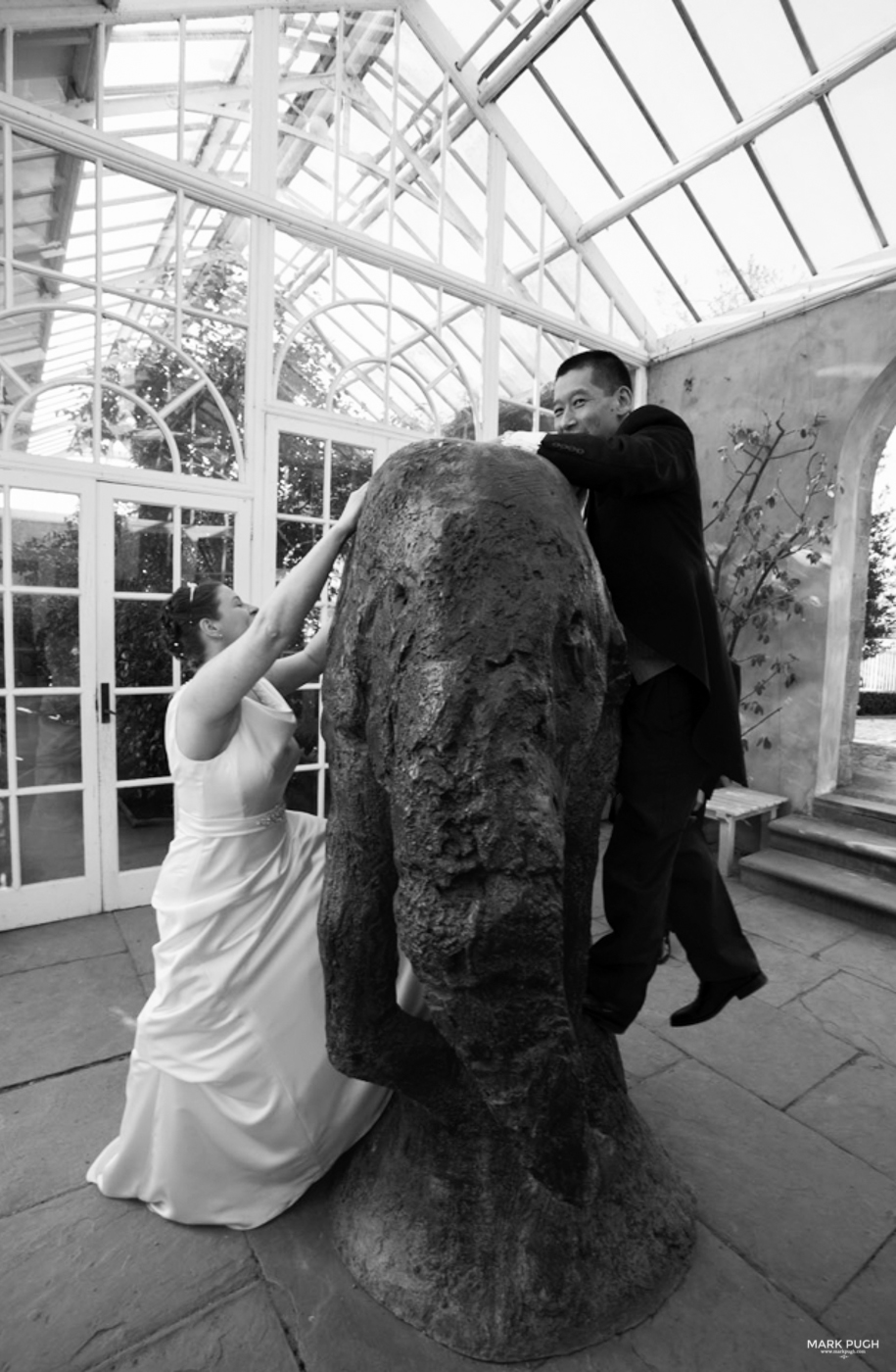 113  - Helen and Tim - Wedding Photography at Chatsworth House Bakewell Derbyshire DE45 1PP - Wedding Photographer Mark Pugh www.markpugh.com -172.JPG