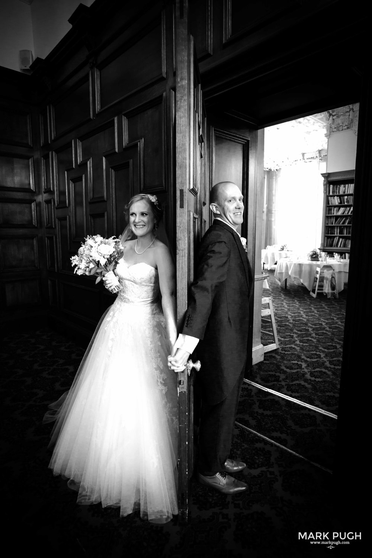 039 - Fay and Craig - fineART Wedding Photography at Stoke Rochford Hall NG33 5EJ by www.markpugh.com Mark Pugh of www.mpmedia.co.uk_.JPG
