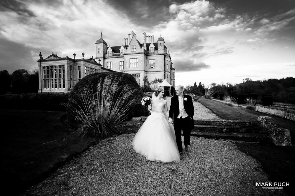 078 - Fay and Craig - fineART Wedding Photography at Stoke Rochford Hall NG33 5EJ by www.markpugh.com Mark Pugh of www.mpmedia.co.uk_.JPG