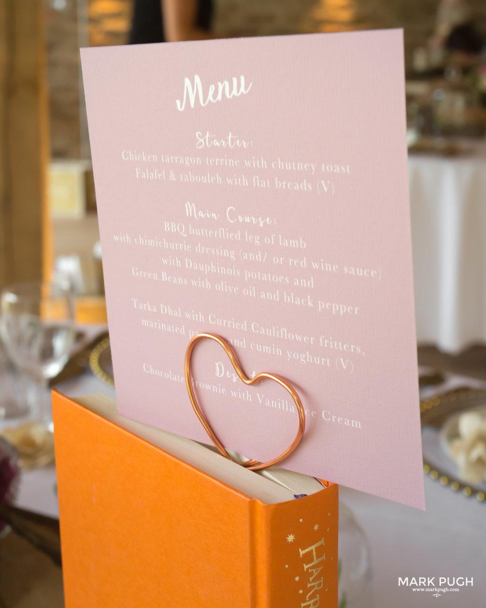 061 - Elloise and Ben - fineART wedding at Hazel Gap Barn NG22 9EY by www.markpugh.com Mark Pugh of www.mpmedia.co.uk_.JPG