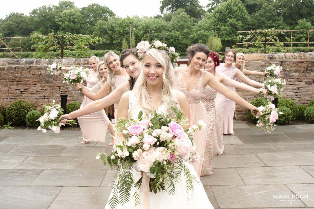 164 - Elloise and Ben - fineART wedding at Hazel Gap Barn NG22 9EY by www.markpugh.com Mark Pugh of www.mpmedia.co.uk_.JPG