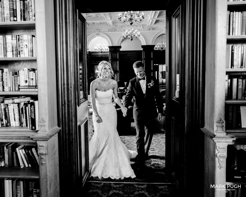 126 - Leah and Andy - fineART wedding photography at Stoke Rochford Hall NG33 5EJ by www.markpugh.com Mark Pugh of www.mpmedia.co.uk_.JPG