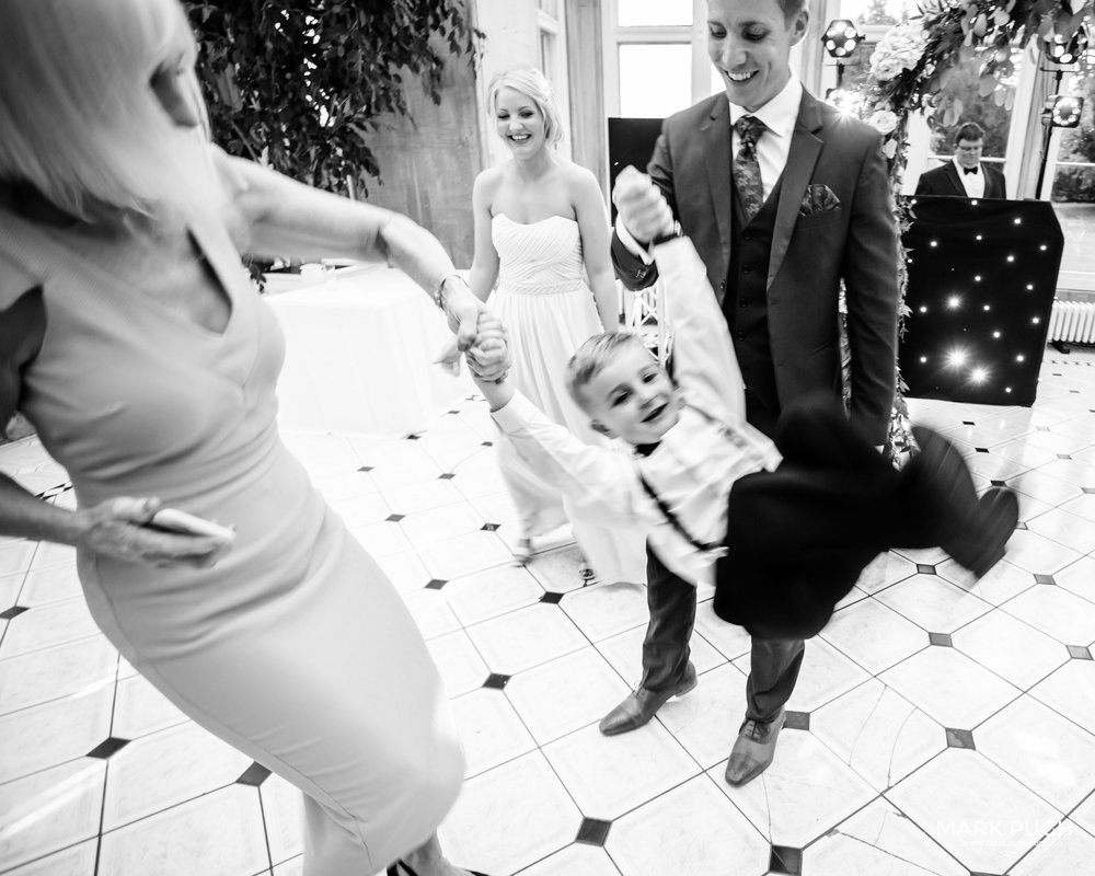 142 - Leah and Andy - fineART wedding photography at Stoke Rochford Hall NG33 5EJ by www.markpugh.com Mark Pugh of www.mpmedia.co.uk_.JPG