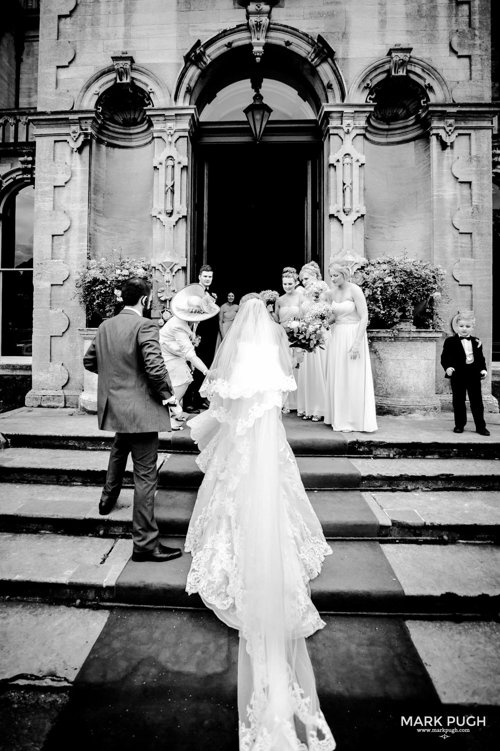 067 - Leah and Andy - fineART wedding photography at Stoke Rochford Hall NG33 5EJ by www.markpugh.com Mark Pugh of www.mpmedia.co.uk_.JPG