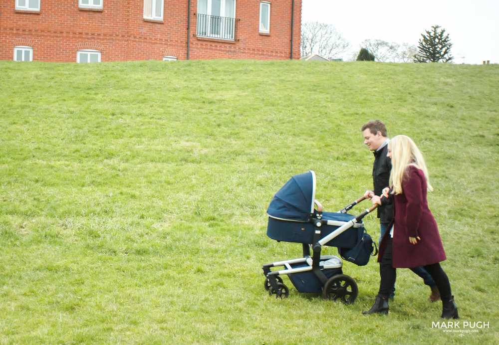 002 - Emma Damien and Betsy - fineART family and baby photography in Nottingham by www.markpugh.com Mark Pugh of www.mpmedia.co.uk_.JPG
