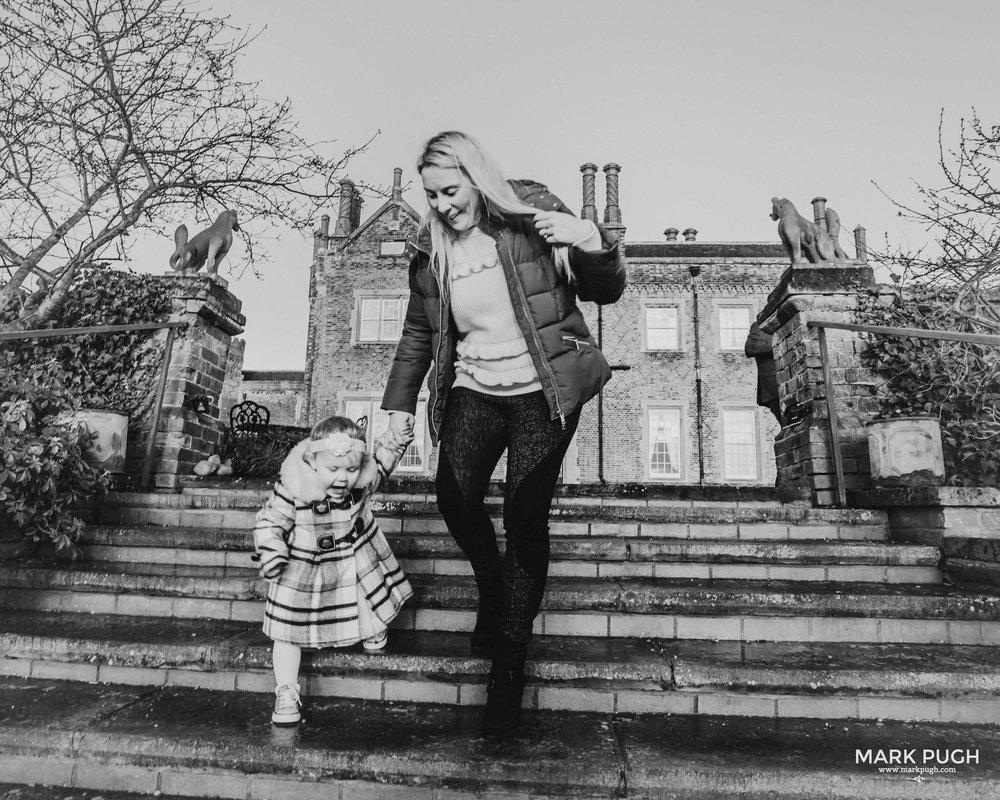 016 - Aimee Julian and Eve - fineART family photography at Hodsock Priory by www.markpugh.com Mark Pugh of www.mpmedia.co.uk_.JPG