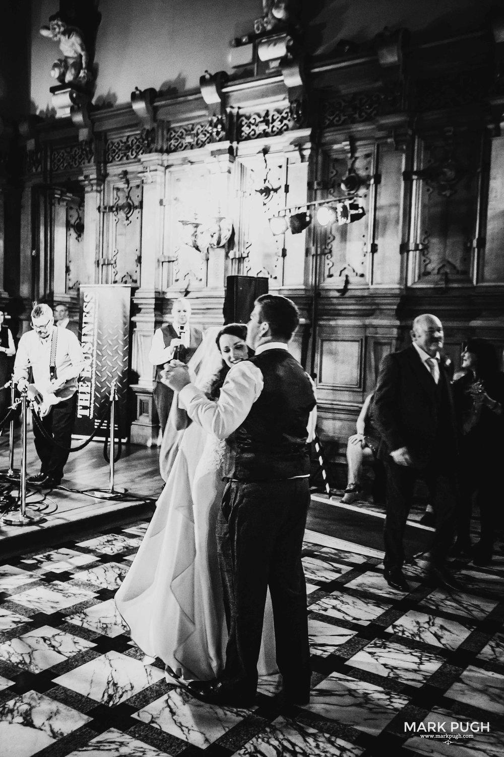 164 - Lauren and Sam - fineART wedding photography at Harlaxton Manor by www.markpugh.com Mark Pugh of www.mpmedia.co.uk_.JPG