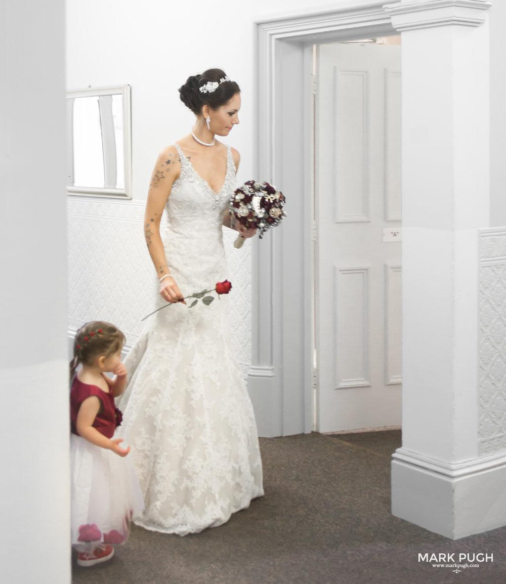 012 - Mary and Ashley - fineART wedding photography by www.markpugh.com Mark Pugh of www.mpmedia.co.uk_.JPG
