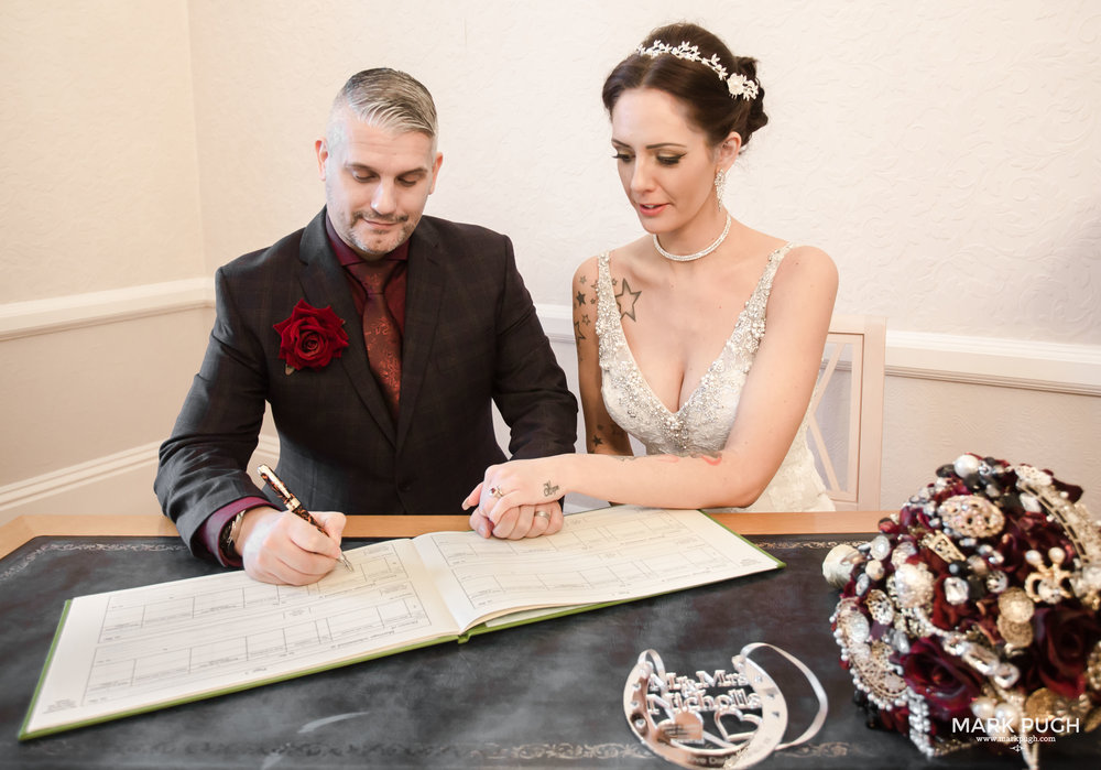 038 - Mary and Ashley - fineART wedding photography by www.markpugh.com Mark Pugh of www.mpmedia.co.uk_.JPG