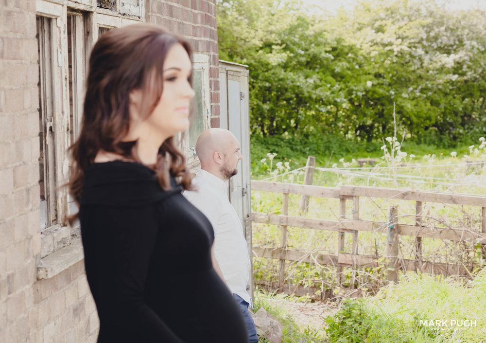 037 - Hannah and Carl- fineART Maternity My Baby Bump photography in Derbyshire by www.markpugh.com Mark Pugh of www.mpmedia.co.uk_.JPG