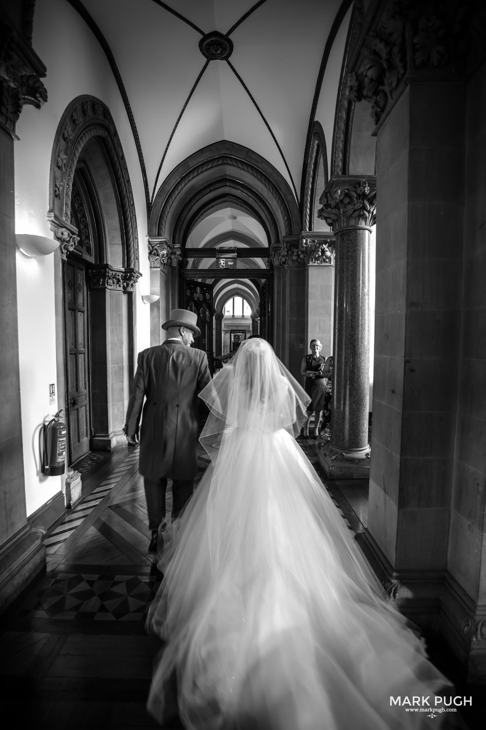 056 - Lauren and Tim - fineART wedding photography at Kelham Hall Newark UK by www.markpugh.com Mark Pugh of www.mpmedia.co.uk_.JPG
