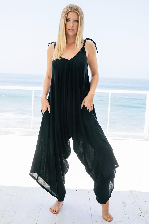 Bali play suit - black
