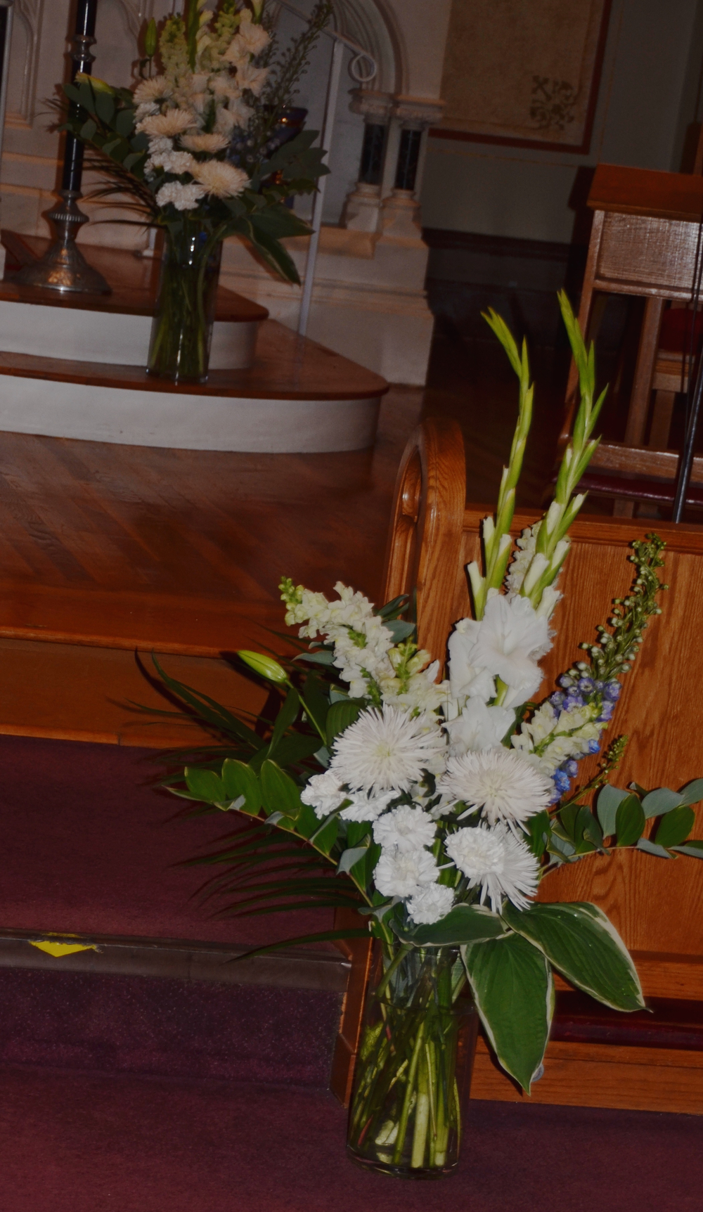 2015 wedding church flowers.jpg