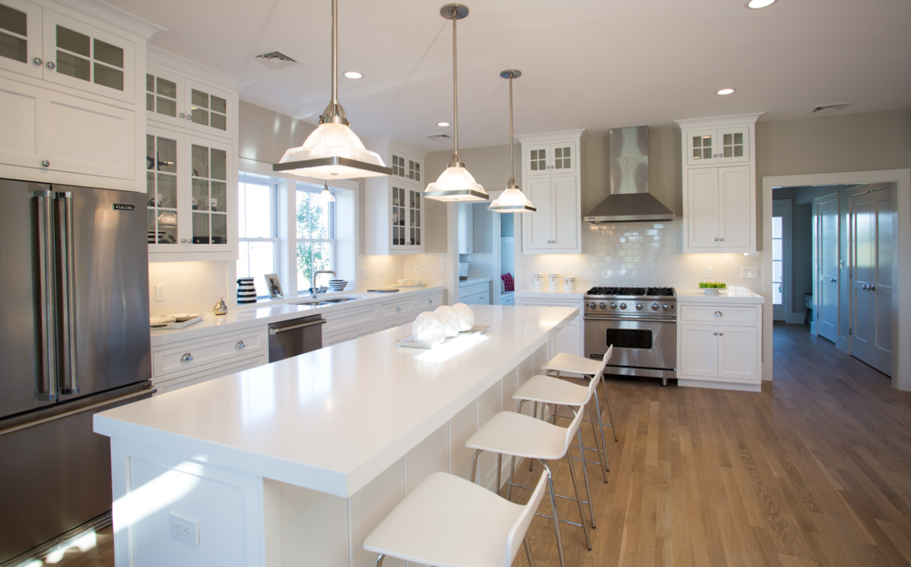Newport Beach Club Kitchen