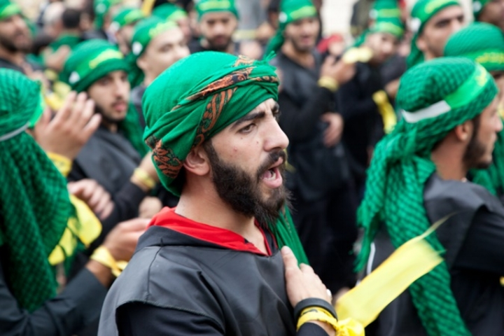 Shia Muslims in Lebanon participate in the rituals of Ashura. Photo: Al Jazeera.
