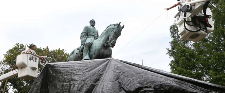 At the direction of the  Charlottesville City Council , the Robert E. Lee statue in Emancipation Park was shrouded on August 23, intended to represent the city's mourning of  Heather Heyer .    Photo: ABC News.