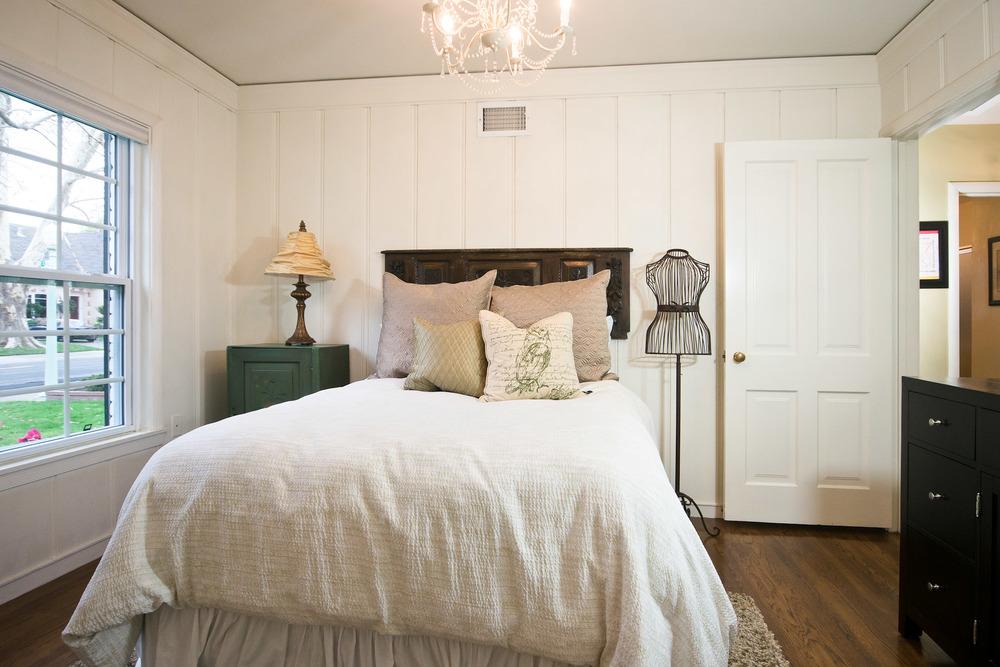 20140303-Bedroom 1b.jpg