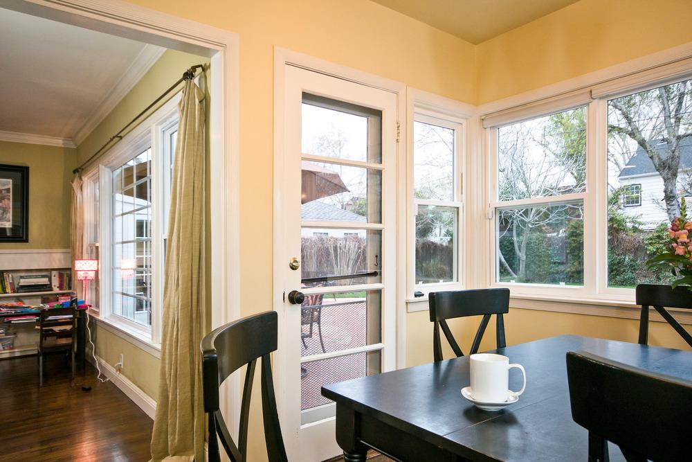 20140303-Breakfast Nook to Living Room.jpg