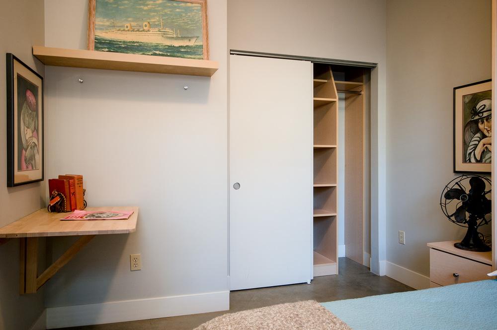 Downstairs_Bedroom_3.jpg